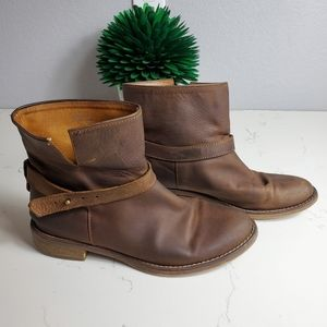 Madewell Distressed Leather Moto Boots